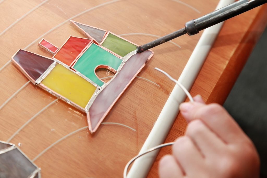 4 Beautiful Features of Stained Glass Doors & Windows
